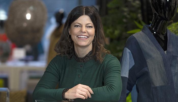 Hon tar Smart Textiles till Silicon Valley